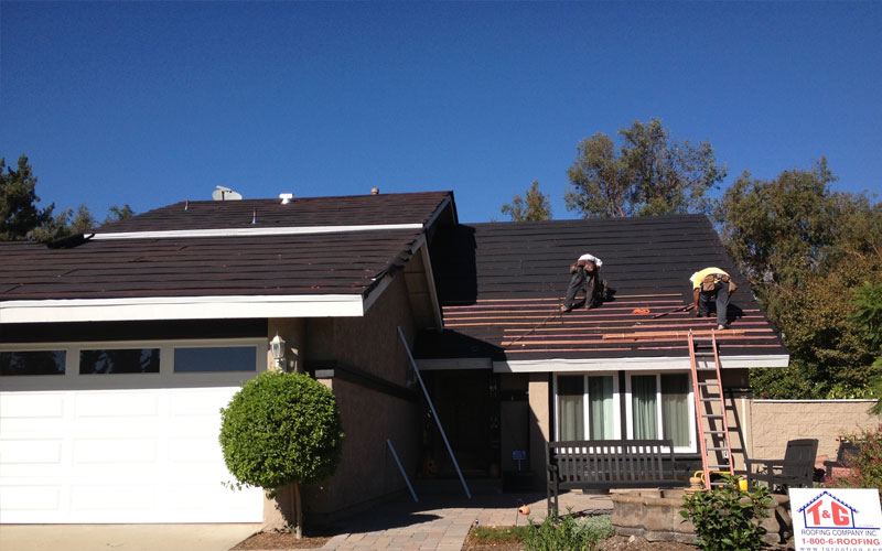 Roofing repairs and maintenance services offered by t g for T g roofing